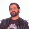 """Cyril Hanouna dans """"TPMP ! Radio Baba"""", le 18 mai 2017 sur C8. Ici en plein canular téléphonique avec un homosexuel piégé."""