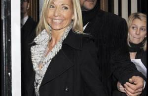 Quand Natty, l'ex-femme de Jean-Paul Belmondo, ose la robe courte... elle est radieuse !