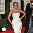 Beyoncé au Golden Globe Awards à Beverly Hills, en janvier 2009, porte une magnifique robe bustier blanche entièrement pailletée.