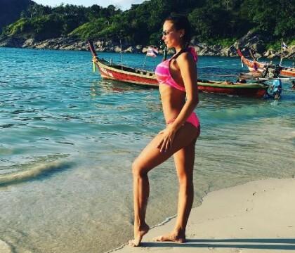 Julie Ricci, vacances sexy à Punta Cana : Sa cambrure de rêve crève l'écran