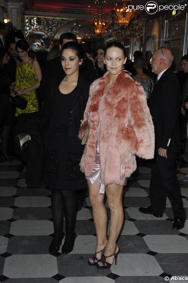 Vanessa et Alysson Paradis au dîner de la mode organisé en faveur du Sidaction, Pavillon d'Armenonville, le 29/01/09