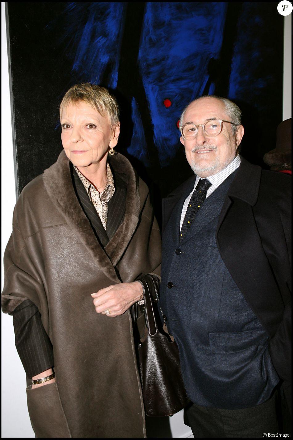 Alain Senderens et son épouse au vernissage des oeuvres de Christoph Von Weyhe à la galerie JGM à Paris en janvier 2007