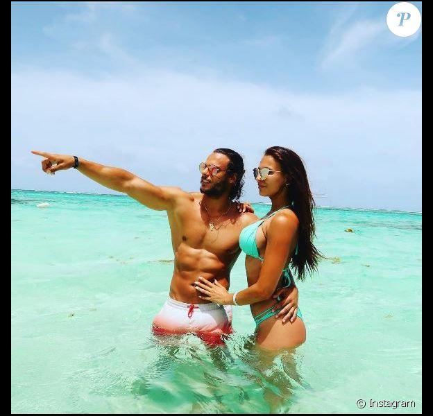 Julie Ricci et son chéri Pierre-Jean Cabrieres prennent la pose à Punta Cana.