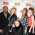 """Kad Merad, Alexandra Lamy, Franck Dubosc, Ariane Brodier et Eden Ducourant - Avant-première du film """"Bis"""" au cinéma Gaumont Capucines Opéra à Paris, le 10 février 2015."""