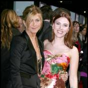 Jennifer Aniston so chic et Scarlett Johansson so... vieillotte !
