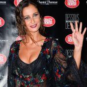 """Malika Ménard : L'ex-Miss France se trouve """"cheum"""", ses fans réagissent"""