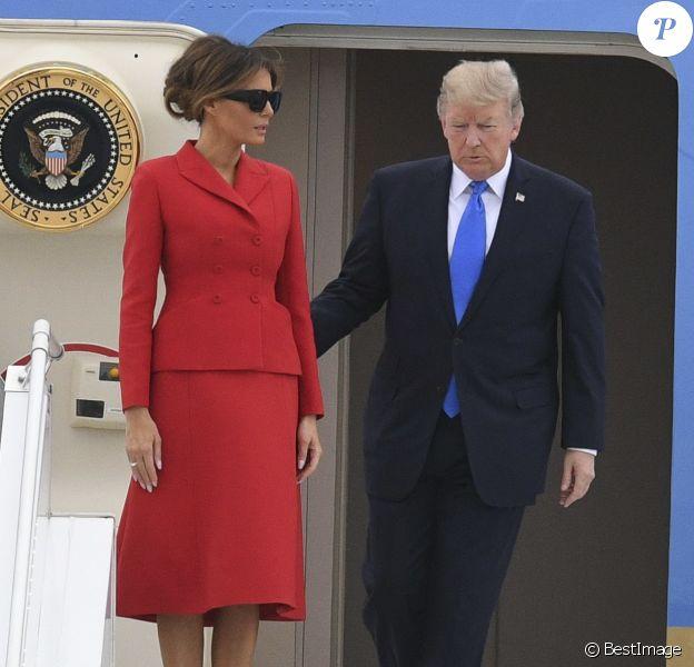 Le président américain Donald J. Trump et sa femme Melania arrivent à bord d'Air Force One sur le tarmac de l'aéroport d'Orly, le 13 juillet 2017. © Pierre Perusseau/Bestimage