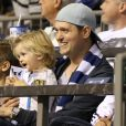 Exclusif - Michael Bublé est allé voir un match de football de l'équipe des Whitecaps avec son fils Noah à Vancouver. Le 26 août 2015 © CPA / Bestimage
