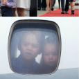 Le duc et la duchesse de Cambridge sont arrivés avec leurs enfants George et Charlotte à Varsovie le 17 juillet 2017 pour le début d'une visite officielle de cinq jours en Pologne et en Allemagne.