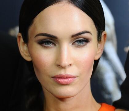 Megan Fox : La mère de famille s'affiche ultra-torride en soutien-gorge sexy