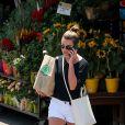 Exclusif - Lea Michele fait du shopping à Whole Foods à Brentwood, le 6 juin 2017