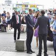 Le prince William, duc de Cambridge, et Kate Catherine Middleton, duchesse de Cambridge, au départ de la gare ferroviaire de Berlin pour Hambourg, à l'occasion de leur voyage de trois jours en Allemagne. Le 21 juillet 2017 21/07/2017 - Berlin
