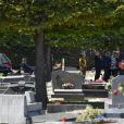 Exclusif - La famille et les proches- Obsèques de l'agent artistique Charley Marouani au cimetière nouveau de Neuilly-sur-Seine le 3 août 2017