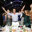 Fawaz Gruosi et sa compagne Sophie Taylor (à sa droite) le 8 août 2017 à la soirée du 65e anniversaire du fondateur de la marque de joaillerie De Grisogono, sur le thème Time to Shine à l'hôtel Cala di Volpe à Porto Cervo, en Sardaigne. © Dominique Jacovides/Bestimage