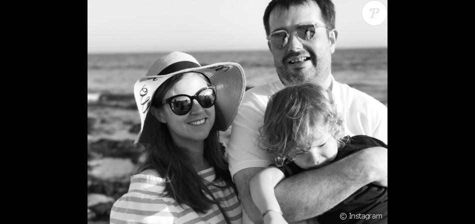 Jean-François Piège, sa compagne Elodie et leur petit Antoine le 10 août à Malibu.
