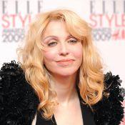 Courtney Love se prend pour Madonna... devant les magnifiques Karolina Kurkova et Freida Pinto !