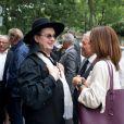 Yves Thréard, Marc Veyrat et Georges Blanc lors de la cérémonie religieuse pour les obsèques de Christian Millau en la basilique Notre-Dame du Perpétuel Secours à Paris le 16 août 2017.