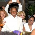 """Beyoncé et son mari Jay-Z à la fête du mariage de Solange Knowles et Alan Ferguson sur le thème de """"Mardi Gras"""" dans le quartier français de la Nouvelle-Orléans, le 16 novembre 2014."""