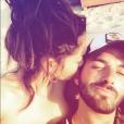 """""""Nabilla et Thomas Vergara toujours aussi amoureux lors de leurs vacances à Mykonos, en Grèce, en août 2017."""""""