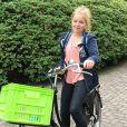 La princesse Alexia des Pays-Bas au matin de son premier jour au lycée Christelijk Gymnasium Sorghvliet de La Haye, le 21 août 2017, photographié par son père le roi Willem-Alexander des Pays-Bas au moment de son départ du domicile familial, la Villa Eikenhorst à Wassenaar.