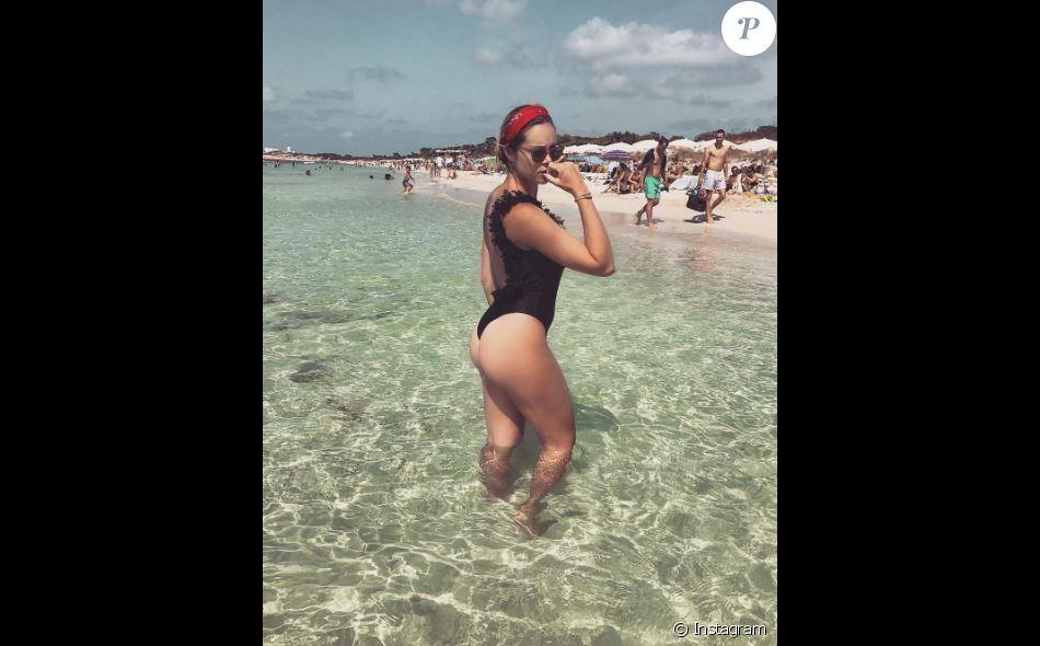 Marion Lefebvre (Top Chef) dévoile sa silhouette de rêve en bikini sexy.