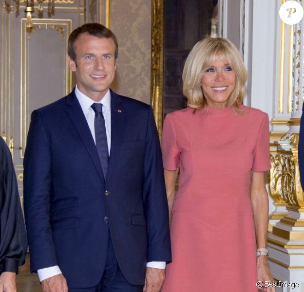 Le président de la République française Emmanuel Macron, sa femme Brigite Macron, le grand-duc Henri de Luxembourg et la grande-duchesse Maria Teresa de Luxembourg au Palais grand-ducal au Luxembourg, le 29 août 2017. © Pierre Perusseau/Bestimage