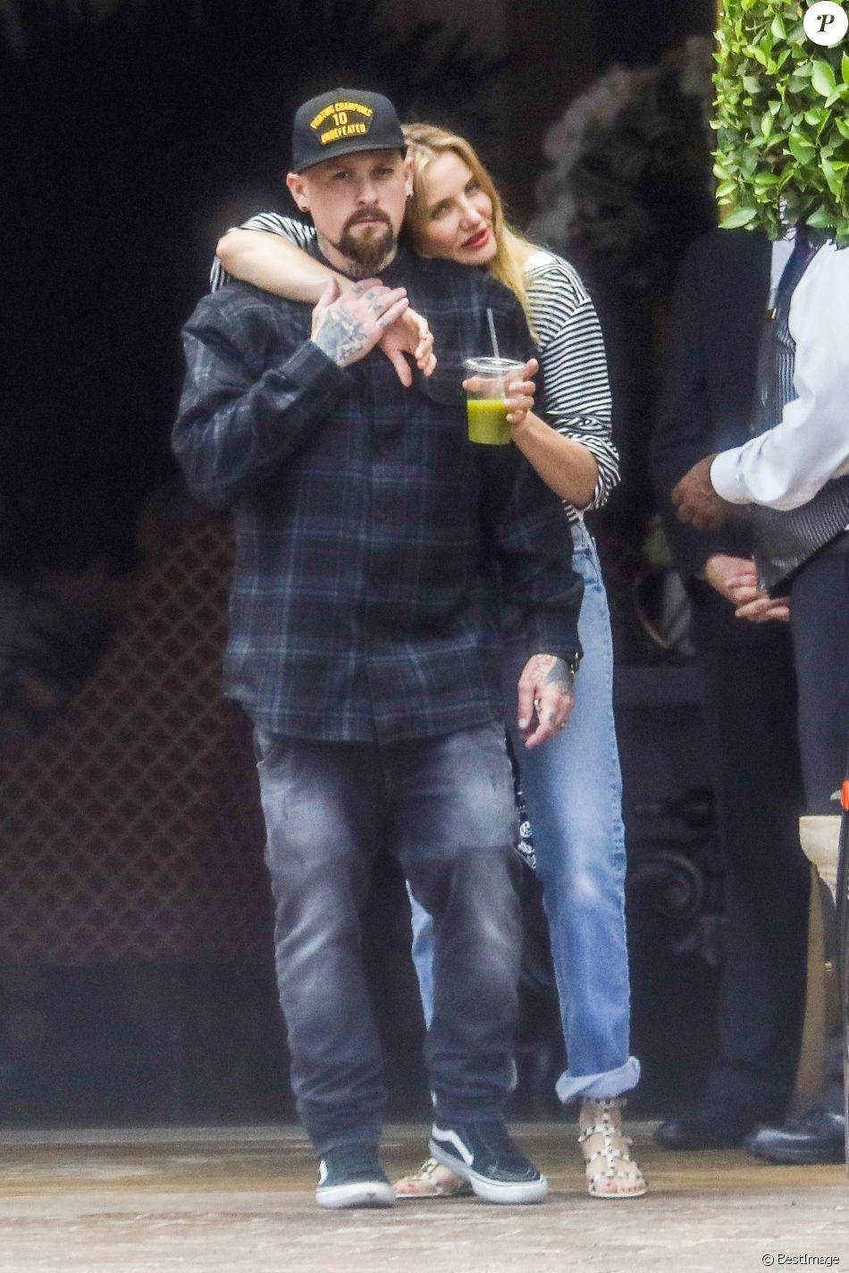 Cameron Diaz et son mari Benji Madden sortent d'un déjeuner en amoureux au Bouchon à Beverly Hills le 5 juin 2017.