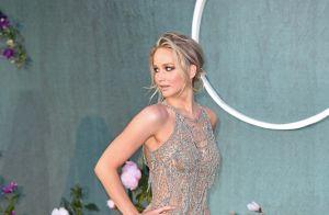 Jennifer Lawrence, magnifique, dévoile tout de ses courbes divines à Londres