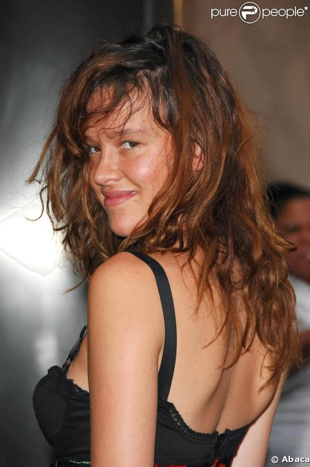 Dec 1, 2010 Paz De La Huerta is about to get a lot more famous. Here ...