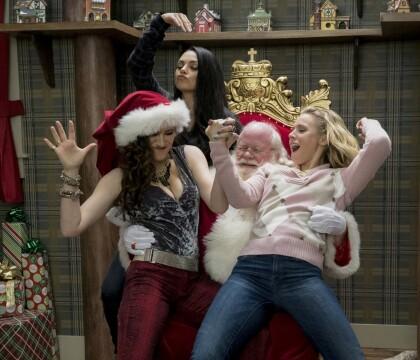 """Mila Kunis : Mauvaise mère déchaînée dans la suite de """"Bad Moms"""""""