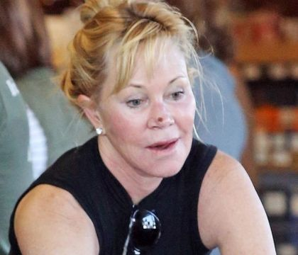 Melanie Griffith : Sans artifices, elle dévoile son second cancer de la peau