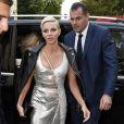 """La princesse Charlene de Monaco au défilé de mode printemps-été 2018 """"Versace"""" lors de la fashion week de Milan le 22 septembre 2017"""