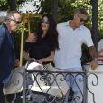George Clooney et sa femme Amal Clooney (Alamuddin) quittent leur hôtel à Venise avec leurs enfants Le 03 septembre 2017