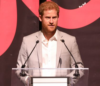 Prince Harry retrouve Meghan Markle en catimini sur le tournage de sa série