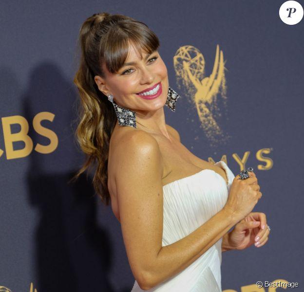Sofia Vergara à la 69e soirée annuelle des Emmy awards au théâtre Microsoft à Los Angeles, le 17 septembre 2017