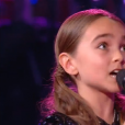 """La pétillante Angelina lors de la finale de """"The Voice Kids 4"""" (TF1), samedi 30 septembre 2017."""