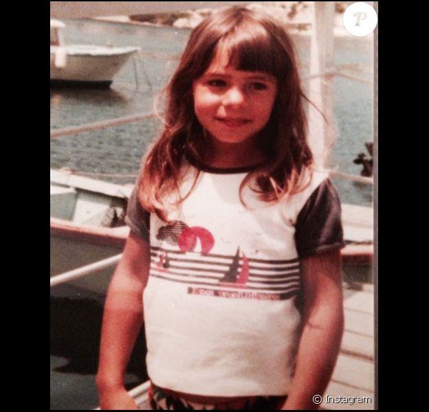 Estelle Denis lorsqu'elle était enfant, un cliché dévoilé le 10 octobre 2017.