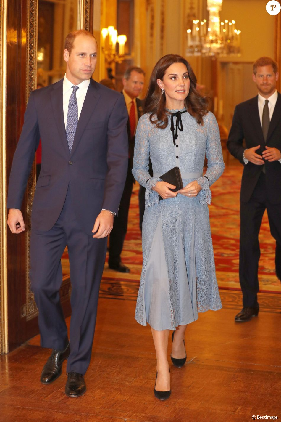 "Le prince William, duc de Cambridge, Catherine Kate Middleton (enceinte) , duchesse de Cambridge à la réception ""World mental health day"" au palais de Buckingham à Londres le 10 octobre 2017."