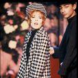 C'est dans les années 80 que la carrière de Mylène Farmer explose avec notamment Libertine ou tant d'autres tubes !