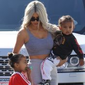 """Kim Kardashian évoque sa fille North, très jalouse de Saint : """"Elle s'améliore"""""""