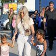 Kim Kardashian avec sa fille North West et une amie - La famille Kardashian faire du patin à glace au Iceland Ice Skating Center à Los Angeles, le 21 septembre 2017