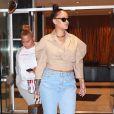 Rihanna rend visite à une amie à New York. Le 11 octobre 2017.