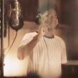 """Lisandro Cuxi - Image extraite du teaser de l'album """"Quelque chose de Johnny"""" attendu le 17 novembre 2017."""
