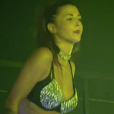 """Evy, ancienne candidate des """"Anges de la télé-réalité 9"""" (NRJ12), est désormais gogo-danseuse, comme elle le raconte dans """"Complément d'enquête"""" (France 2) diffusé jeudi 13 octobre 2017."""