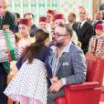 Le roi Mohammed VI du Maroc, la princesse Salma et le prince héritier Moulay El Hassan au palais royal à Casablanca le 24 juin 2017 lors d'une cérémonie pour la fin de l'année scolaire.