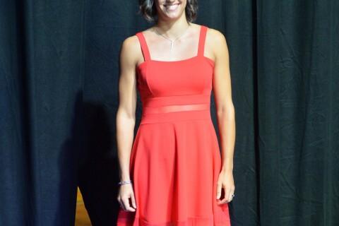 Caroline Garcia : Glamour en petite robe rouge à Singapour avant le WTA Finals