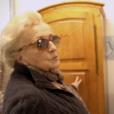 """Capture d'écran des reportages """"Jacques Chirac, l'homme qui ne voulait pas être président"""", dans le cadre de l'émission de Laurent Delahousse, puis """"Bernadette Chirac, mémoires d'une femme libre"""", diffusés sur France 2, le 16 ocobre 2016. Bernadette devant l'armoire de sa fille Laurence."""