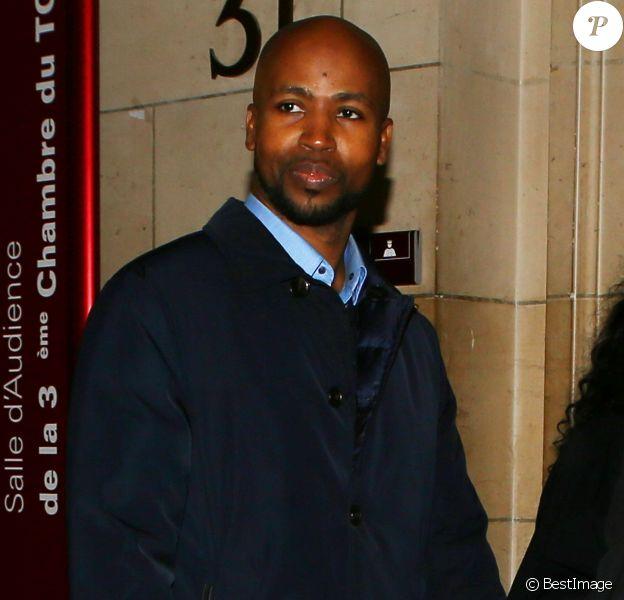 Le rappeur Rohff arrive au tribunal pour entendre le verdict dans l'affaire de l'agression du personnel de la boutique Ünkut du rappeur Booba à Paris le 27 octobre 2017.