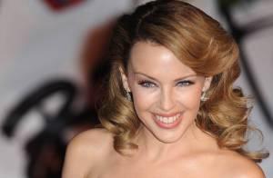 Kylie Minogue et son nouveau boyfriend s'offrent une escapade en amoureux... Regardez !