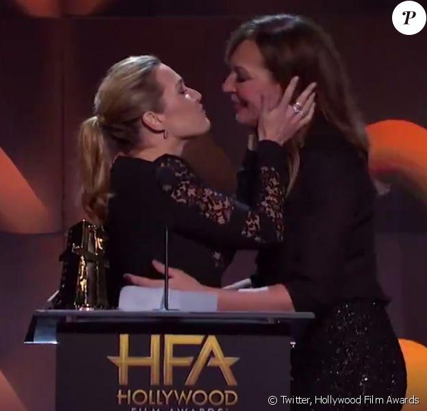 Kate Winslet et Allison Janney lors des Hollywood Film Awards à Los Angeles, le 5 novembre 2017.
